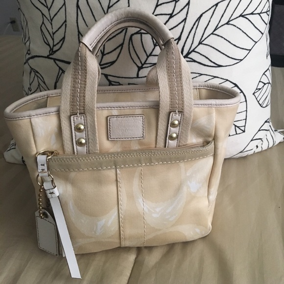 Coach Handbags - Coach mini tote